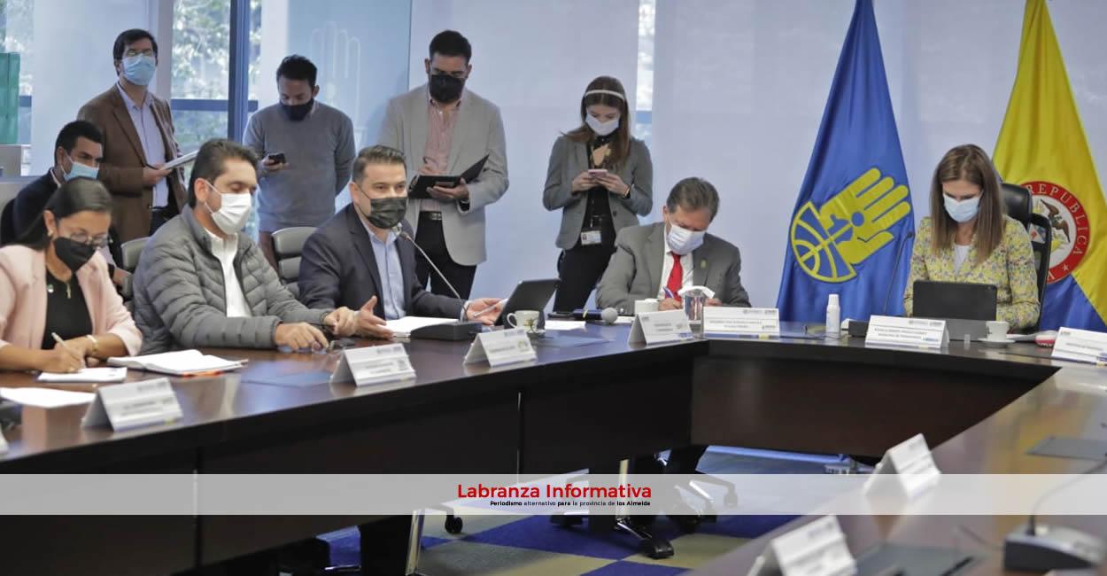 Inversiones del Gobierno Nacional y de Cundinamarca para atender emergencia en Guayabetal y vía al llano